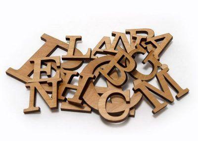 letras cortadas